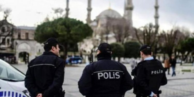 Τουρκία: Αποδεκατίζει το Στρατό του ο Ερντογάν με το «φάντασμα» του Γκιουλέν – Νέες συλλήψεις