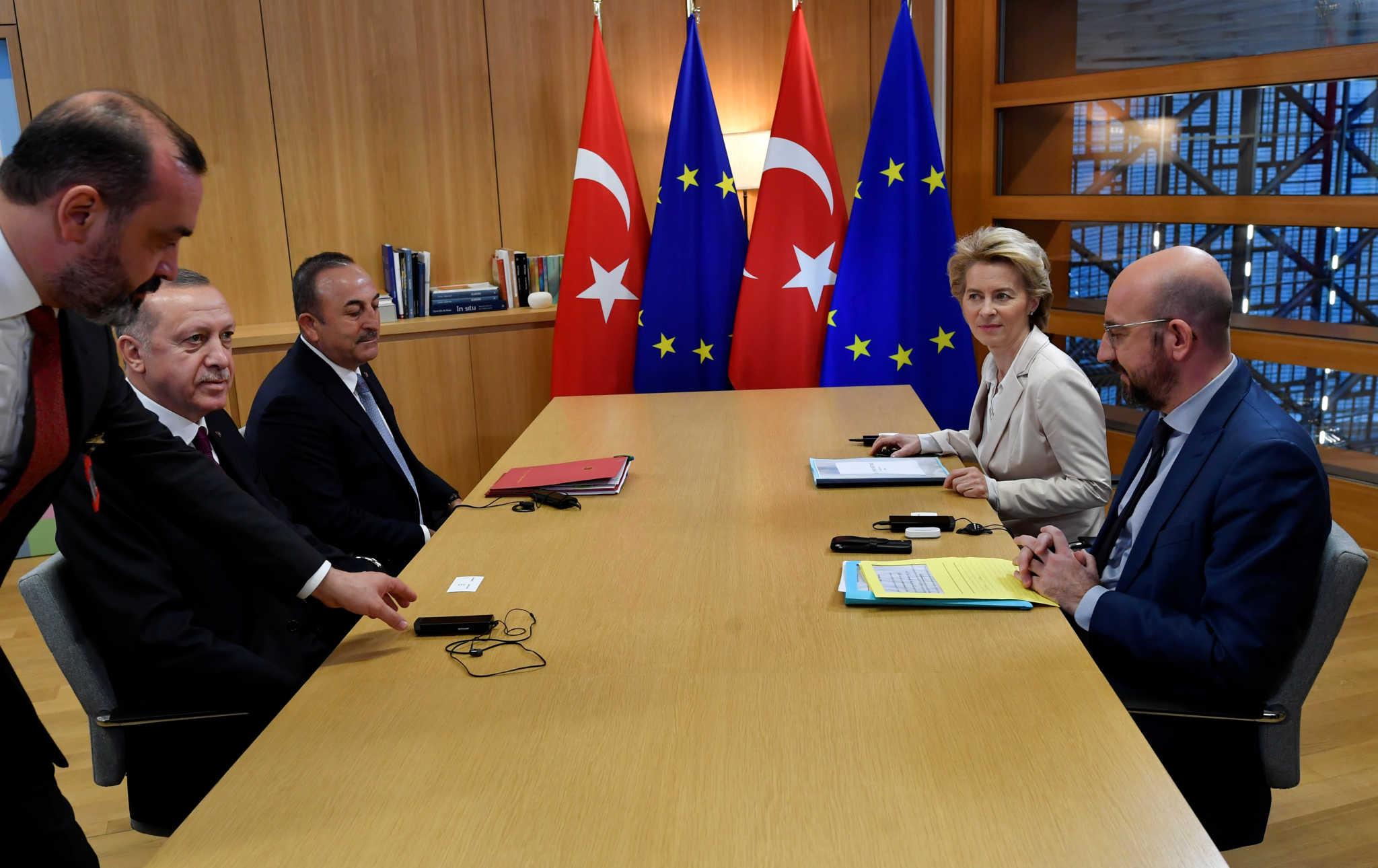 Στην Τουρκία στις 6 Απριλίου ο Σαρλ Μισέλ και η Ούρσουλα Φον Ντερ Λάιεν