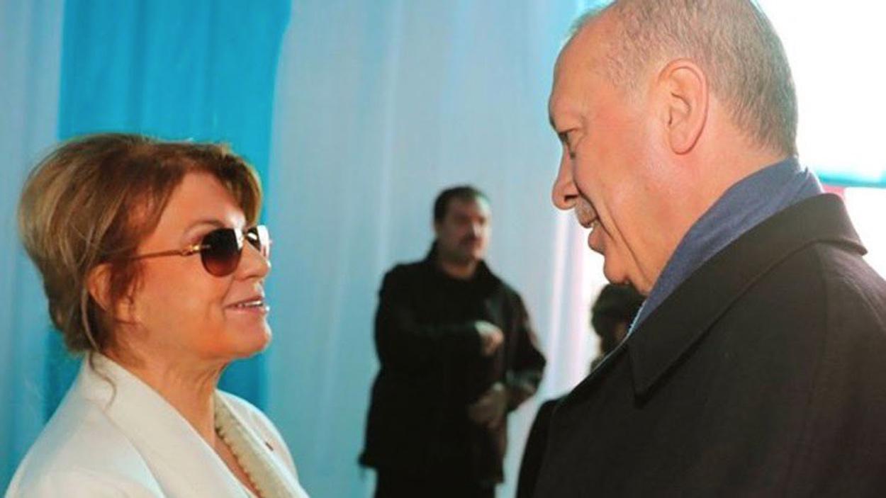 Η Τανσού Τσιλέρ υπουργός Εξωτερικών του Ερντογάν;