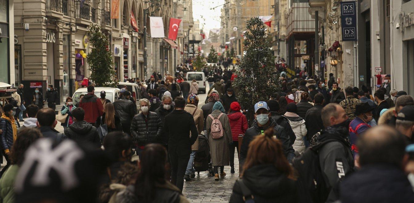 Τουρκία: Οικονομική εξαθλίωση - Λάδι με το ποτήρι, πελτέ με την κουταλιά