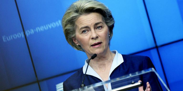 Φον ντερ Λάιεν: Η Κομισιόν θα προτείνει τον Μάρτιο ένα ψηφιακό διαβατήριο εμβολιασμού