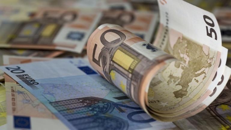 Στα 6,8 δισ. ευρώ το ταμειακό έλλειμμα του Προϋπολογισμού