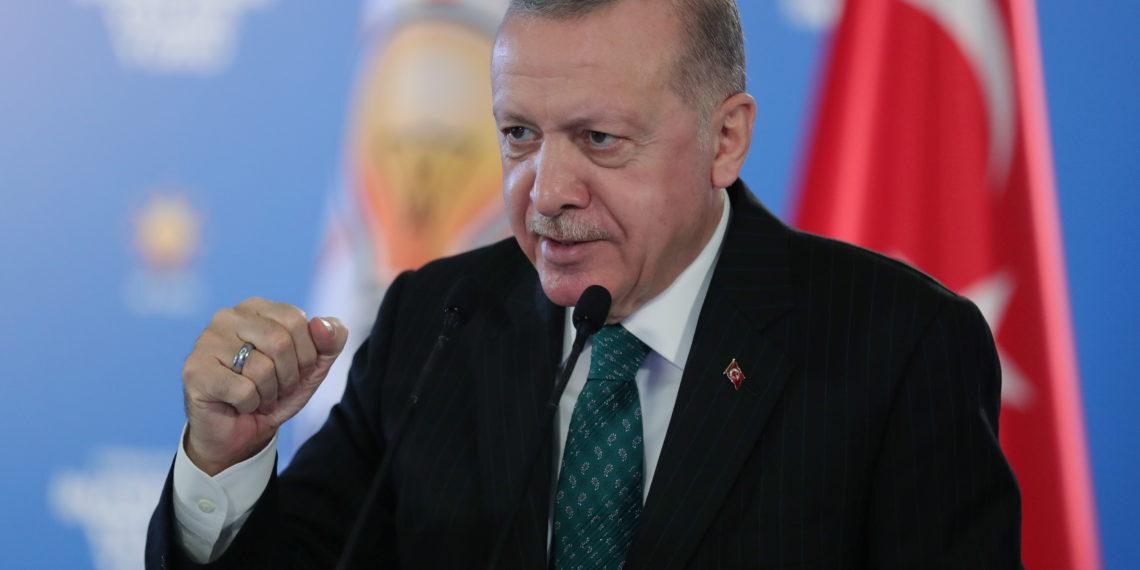 Πανηγυρίζει ο Ερντογάν για τον πύραυλο Bozdogan: «Πέτυχε τον στόχο του με την πρώτη»