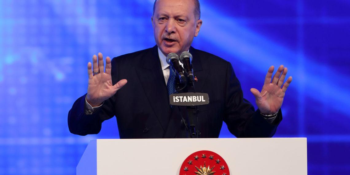 Μήνυση Ερντογάν στον Αλτάι – Είχε «ευχηθεί» να μην έχει ο Τούρκος Πρόεδρος το τέλος του Μεντερές!