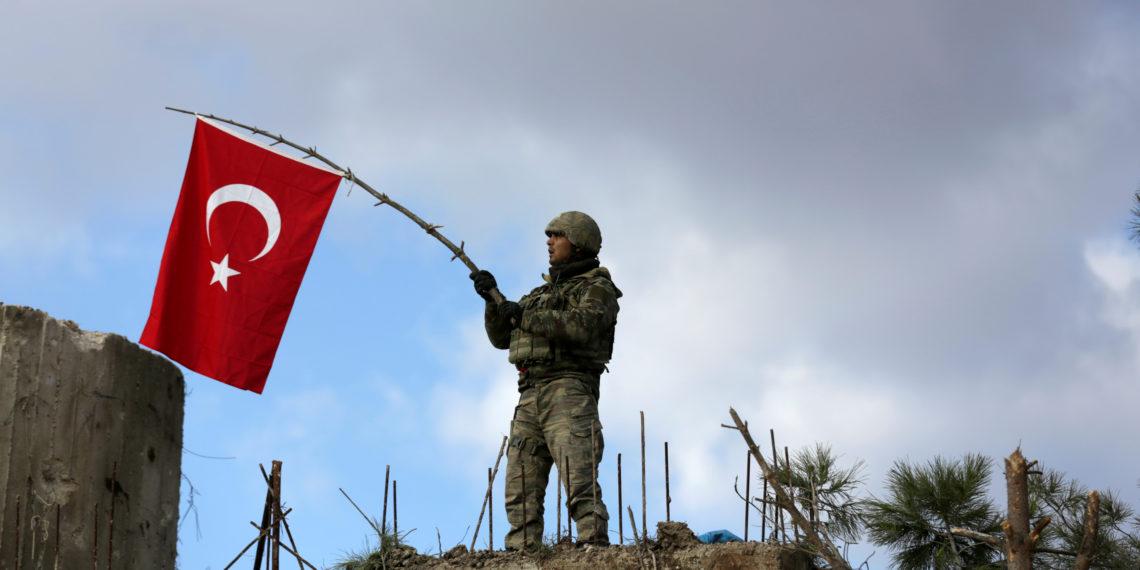 Συρία: Οι αντάρτες που υποστηρίζει η Τουρκία «λεηλατούν» το Αφρίν