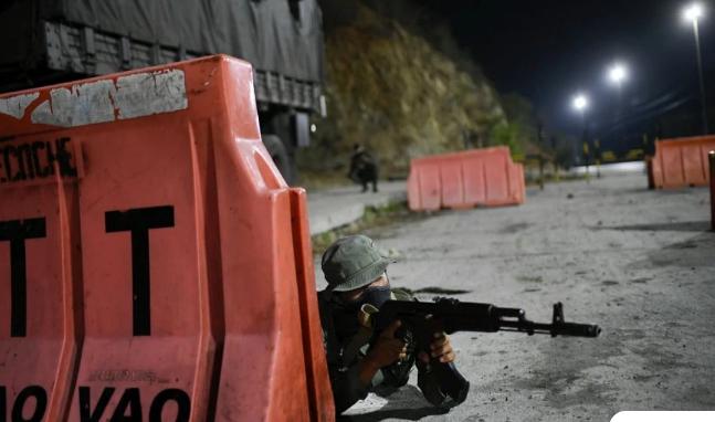 Η Κολομβία βυθίζεται και πάλι στο χάος και τη βία