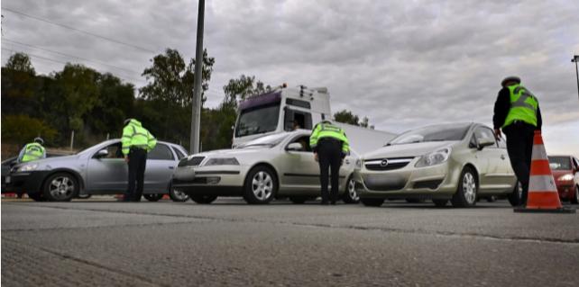 Πάσχα: Αγρίεψαν τα μπλόκα -Σαρωτικοί έλεγχοι, αναστροφή και... πίσω για 273 οδηγούς στα διόδια Ελευσίνας και Αφιδνών