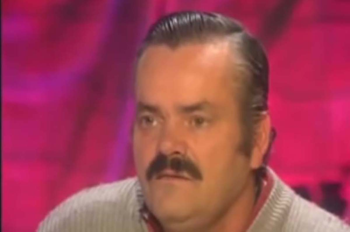 Ιστορία απόλυτης τρέλας στα ΚΕΠ: «Υπάλληλος μού ζήτησε να πάρω τηλέφωνο μπροστά του για ραντεβού»