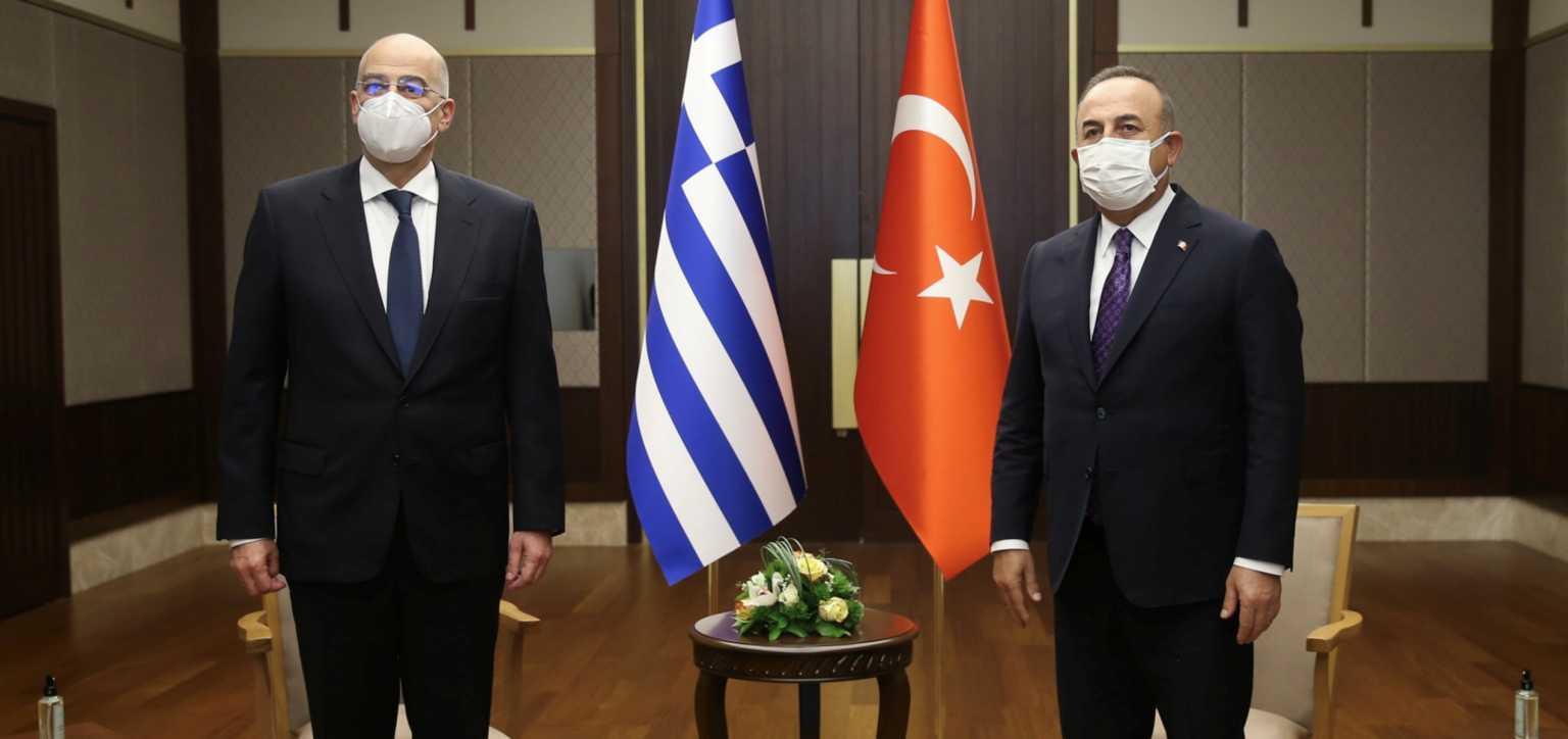 Δένδιας – Τσαβούσογλου: Το Twitter αποθεώνει τον Έλληνα Υπουργό Εξωτερικών – «Ξεμπρόστιασε τον Τούρκο»