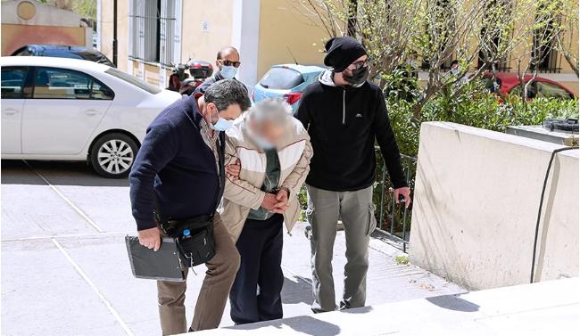 Έγκλημα στο Κορωπί: Προφυλακίστηκε ο 76χρονος για τη δολοφονία του γιου του – Τι είπε στην απολογία του