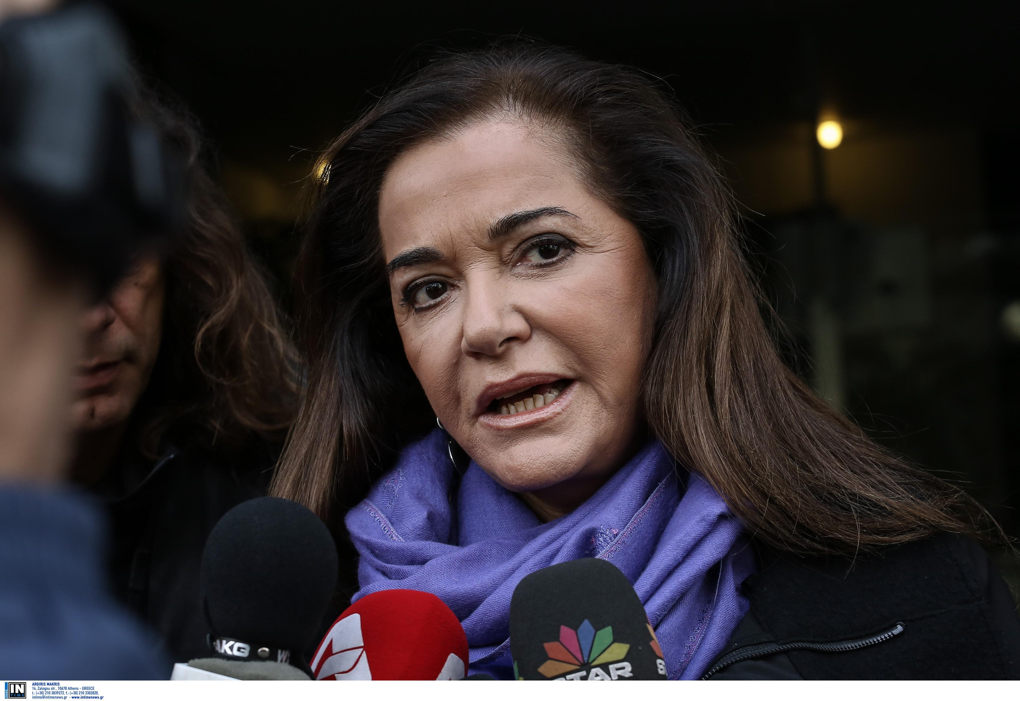 Χανιά: Παρέμβαση της Ντόρας Μπακογιάννη για το γηροκομείο – «Η υπόθεση ντροπιάζει τους Χανιώτες»