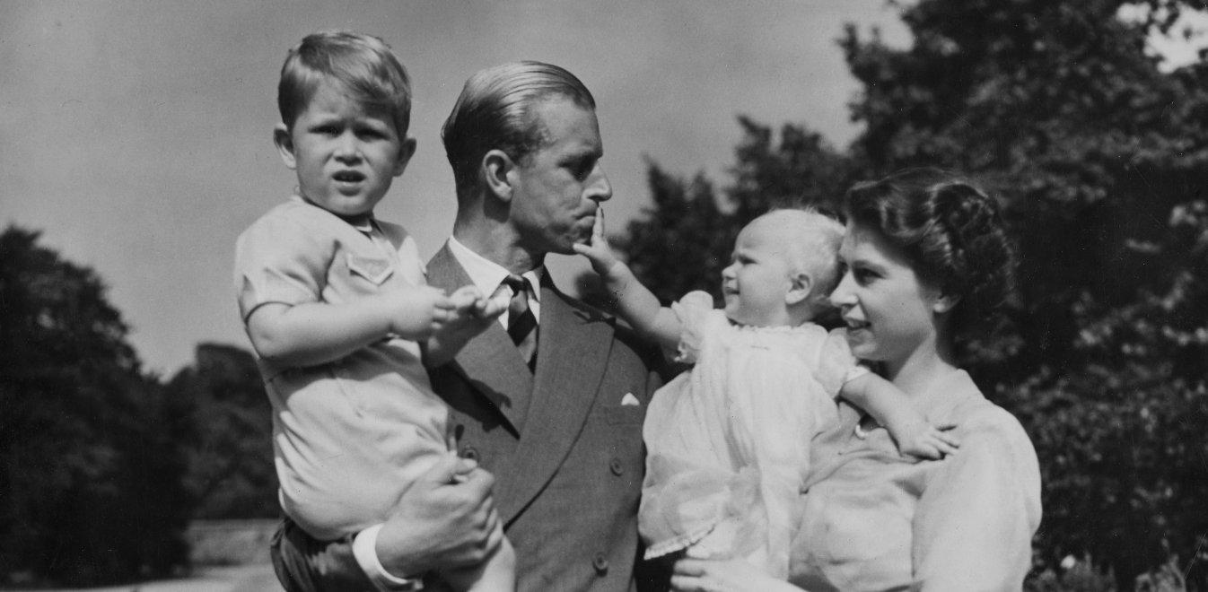 Πρίγκιπας Φίλιππος: Γιατί δεν επισκέφθηκε με τη βασίλισσα Ελισάβετ ποτέ επίσημα την Ελλάδα
