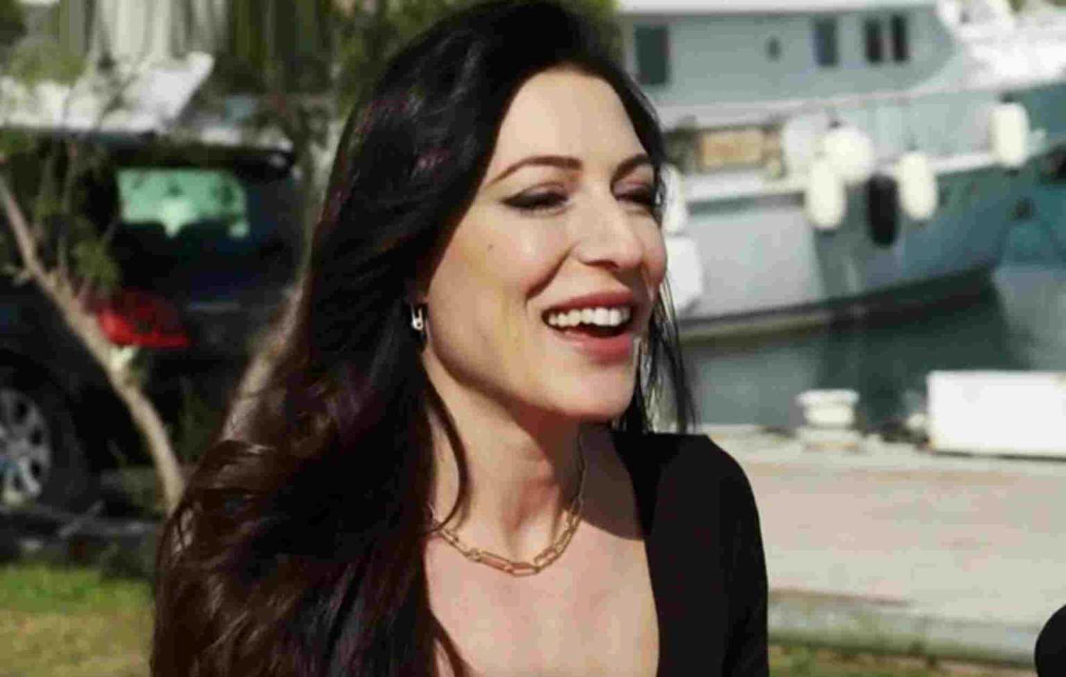 Φλορίντα Πετρουτσέλι: «Ήμουν ασυμπτωματική και κόλλησα όλη την οικογένεια»