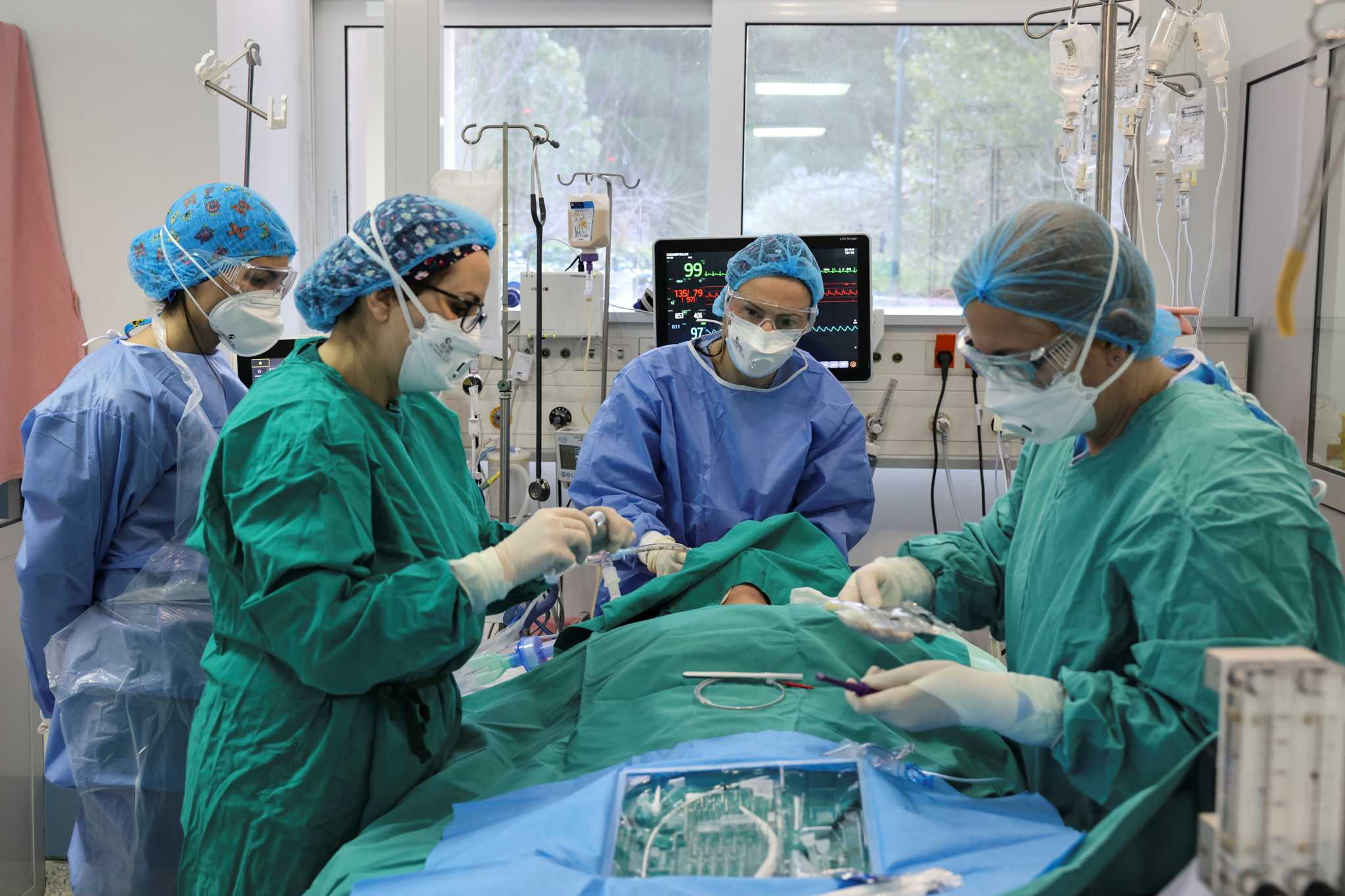 Κρήτη – Κορονοϊός: Η κατάσταση στα νοσοκομεία με αριθμούς – Η πιο κρίσιμη περίοδος της μάχης