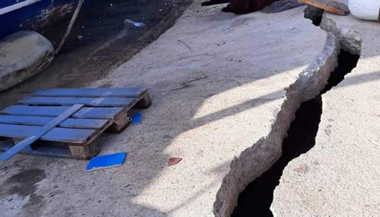 Αχαΐα: «Άνοιξε» το λιμάνι των Αλυκών – Κινδυνεύουν οι ψαράδες στη δουλειά τους