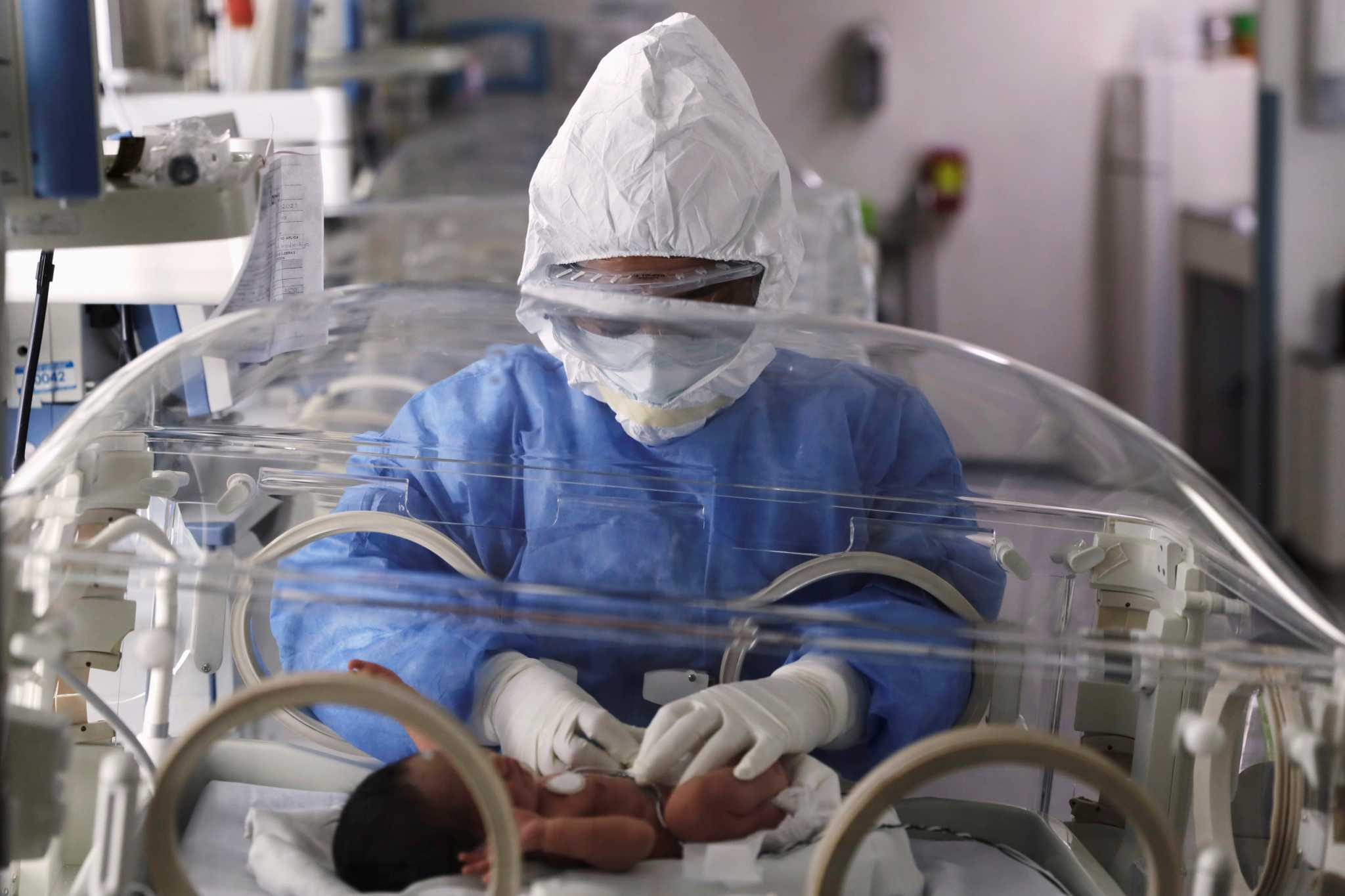 Κορονοϊός και έμβρυα: Τι «δείχνουν» οι γεννήσεις στην Ελλάδα για την ενδομήτρια μετάδοση