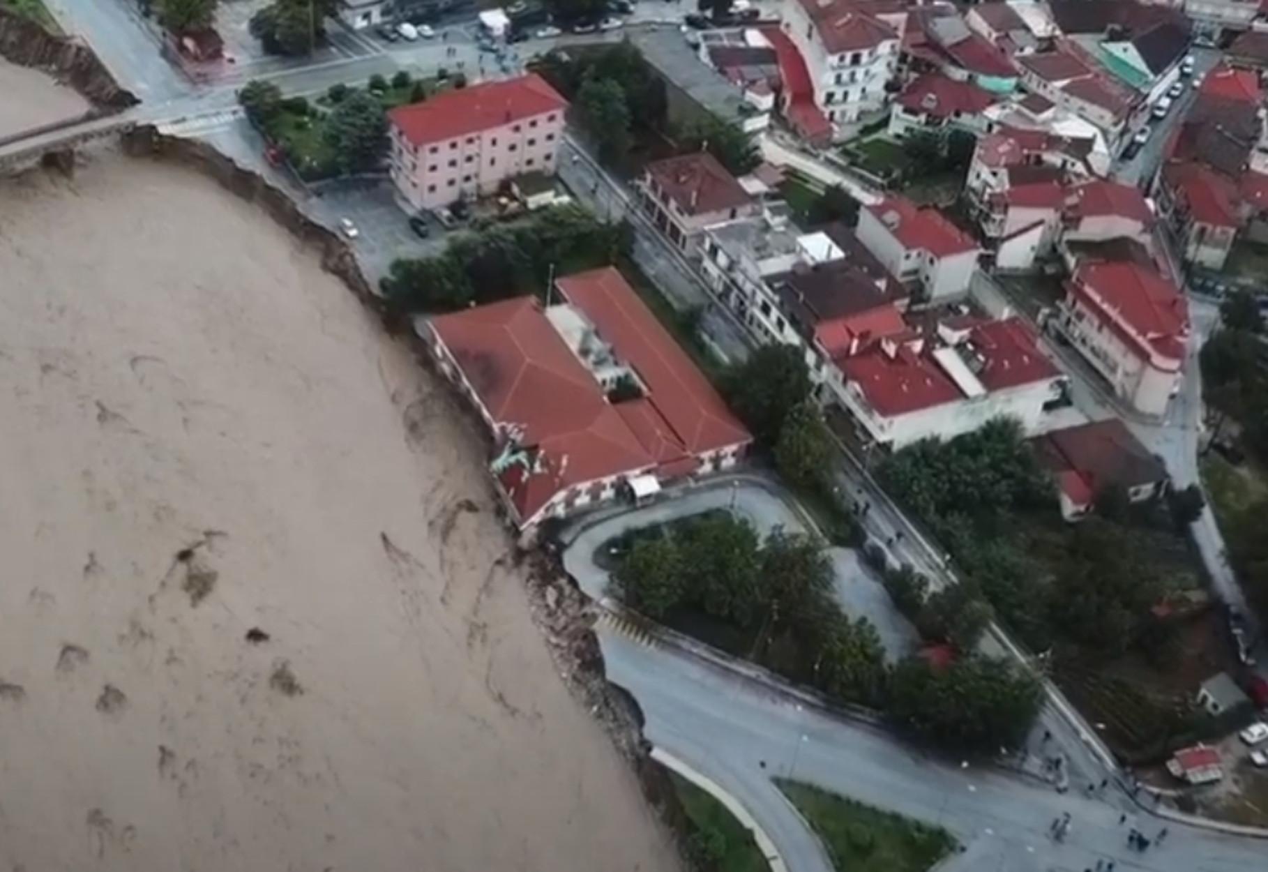 Έκτακτο επίδομα 10.000 ευρώ σε όσους έχασαν δικό τους πρόσωπο από φυσική καταστροφή