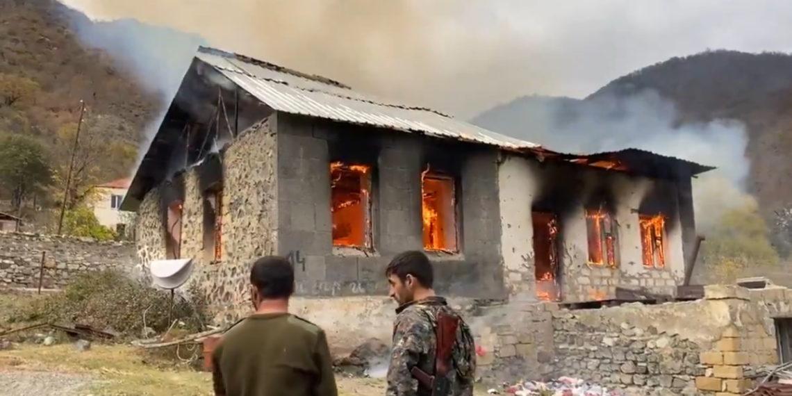 Αζερμπαϊτζάν: Θέλει την καταστροφή μνημείων και εκκλησιών των Αρμενίων στο Ναγκόρνο Καραμπάχ