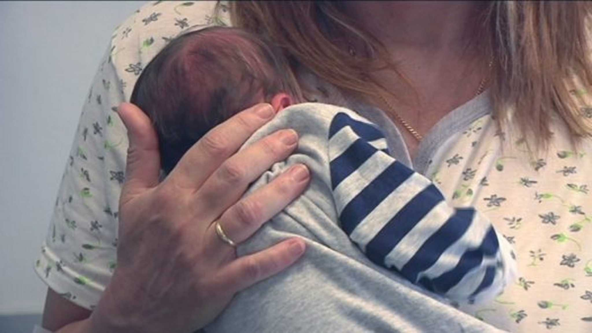 Πάτρα – Κορονοϊός: Γέννησε για τρίτη φορά – Ανακούφιση για τη μητέρα που νοσούσε