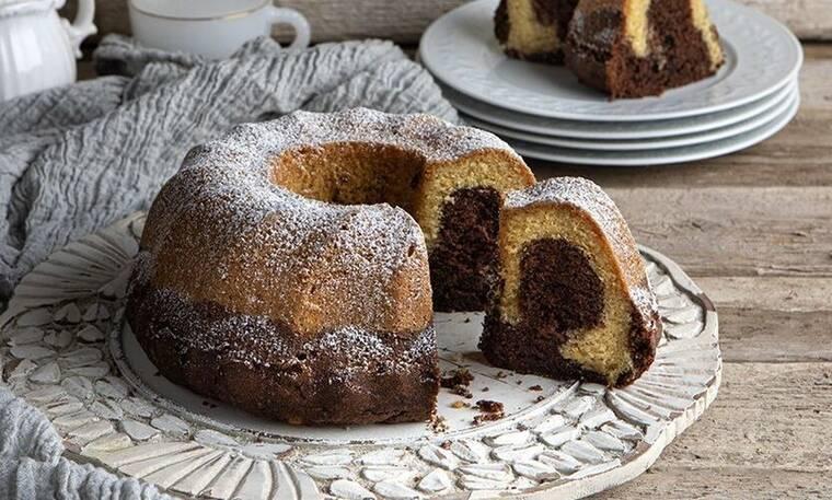 Κέικ βανίλια σοκολάτα από τον Άκη Πετρετζίκη
