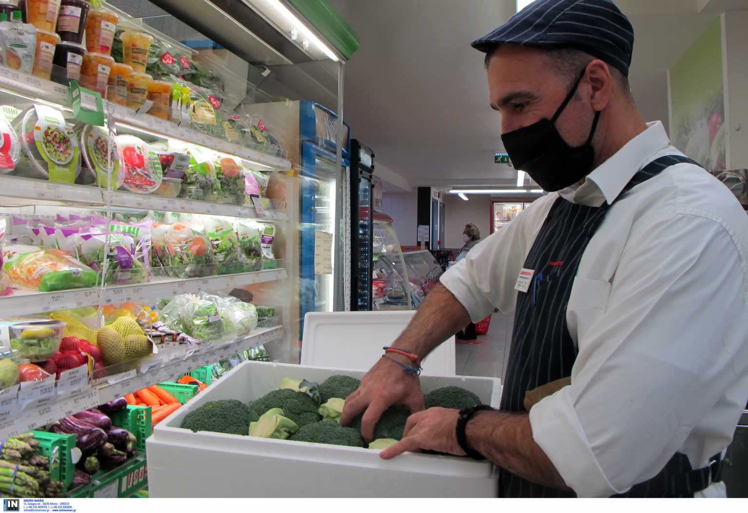 Κορονοϊός: Υποχρεωτικά self tests σε λιανεμπόριο, σούπερ μάρκετ, κομμωτήρια, μεταφορές, εστίαση, πρακτορεία ΟΠΑΠ (video)