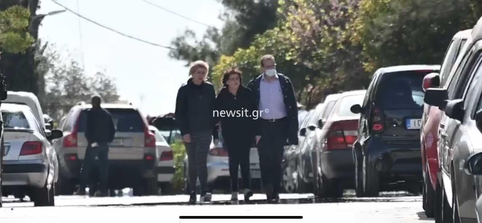 Γιώργος Καραϊβάζ – Λύγισε η γυναίκα του: «η ζωή μας έμεινε κάπως στη μέση»