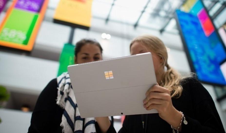Voucher 200ευρώ για μαθητές-φοιτητές: Ξεκίνησε η έκδοση κουπονιών για tablet – laptop