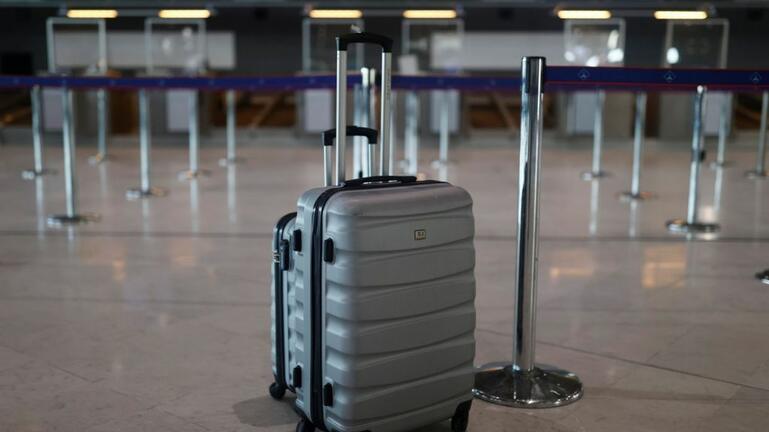 Πιστοποιητικό εμβολιασμού: Έλεγχοι στο check-in των αεροδρομίων από το καλοκαίρι