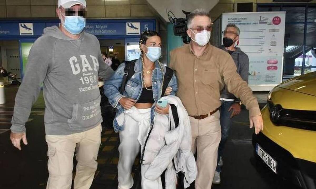 Survivor: Η Χριστίνα Κεφαλά επέστρεψε σαν σταρ – Το κυνηγητό των ρεπόρτερ στο αεροδρόμιο