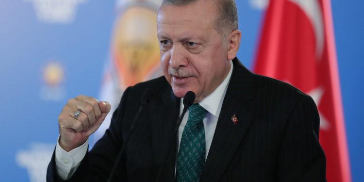 Τουρκία: Η διπλωματία της χώρας κατέρρευσε εξαιτίας του Προέδρου Ερντογάν
