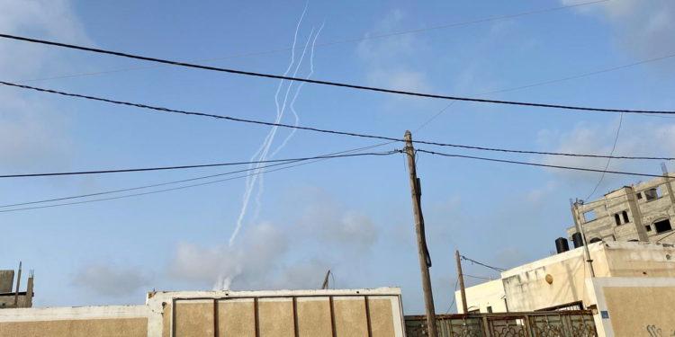 Ήχησαν οι σειρήνες στην Ιερουσαλήμ – Πληροφορίες για αρκετές εκρήξεις