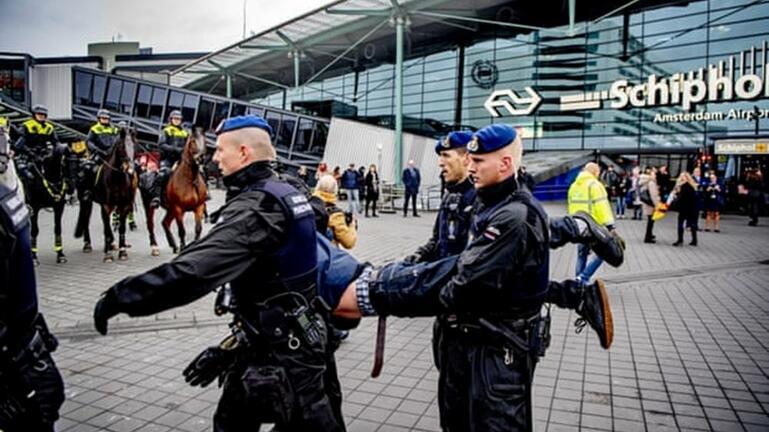 Σειρά επιθέσεων με μαχαίρι εξετάζει η αστυνομία στο Άμστερνταμ