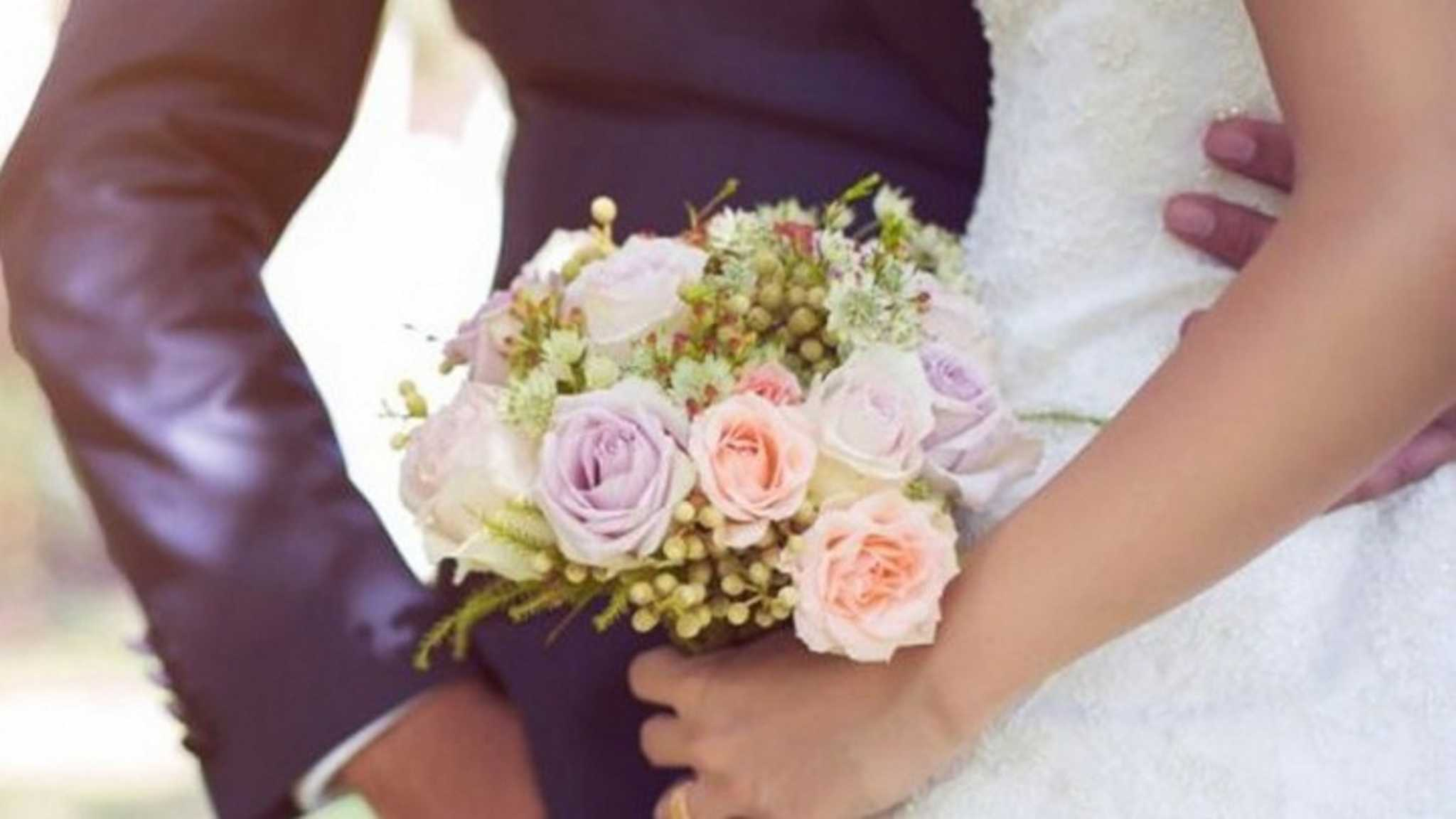 Γαμήλιο γλέντι με 500 καλεσμένους στην Αμαλιάδα – Τη «νύφη» πλήρωσε ο γαμπρός