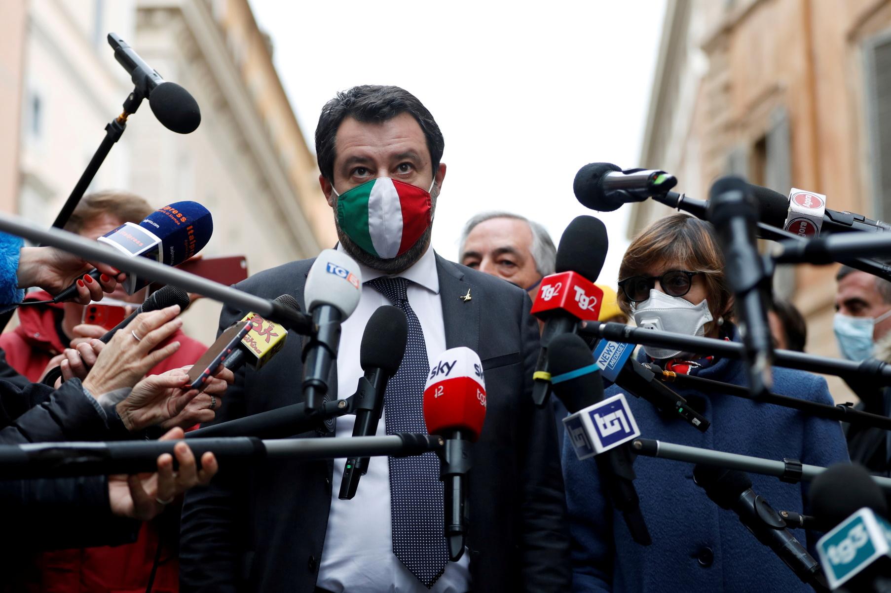 Ιταλία: Την «γλίτωσε» ο Σαλβίνι – Δεν παραπέμπεται σε δίκη για την υπόθεση με τους μετανάστες