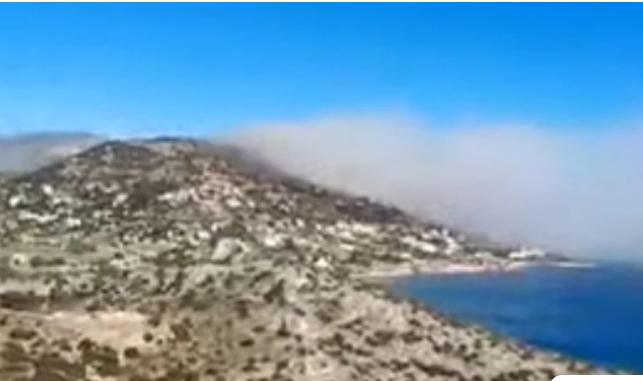 Μεγάλη φωτιά τώρα στην Αγία Μαρίνα Κορωπίου: Κλειστή η Αθηνών – Σουνίου