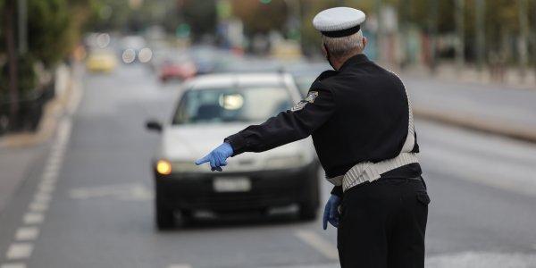 Απαγόρευση κυκλοφορίας: «Φρένο» στα σενάρια πλήρους απελευθέρωσης από Γεραπετρίτη