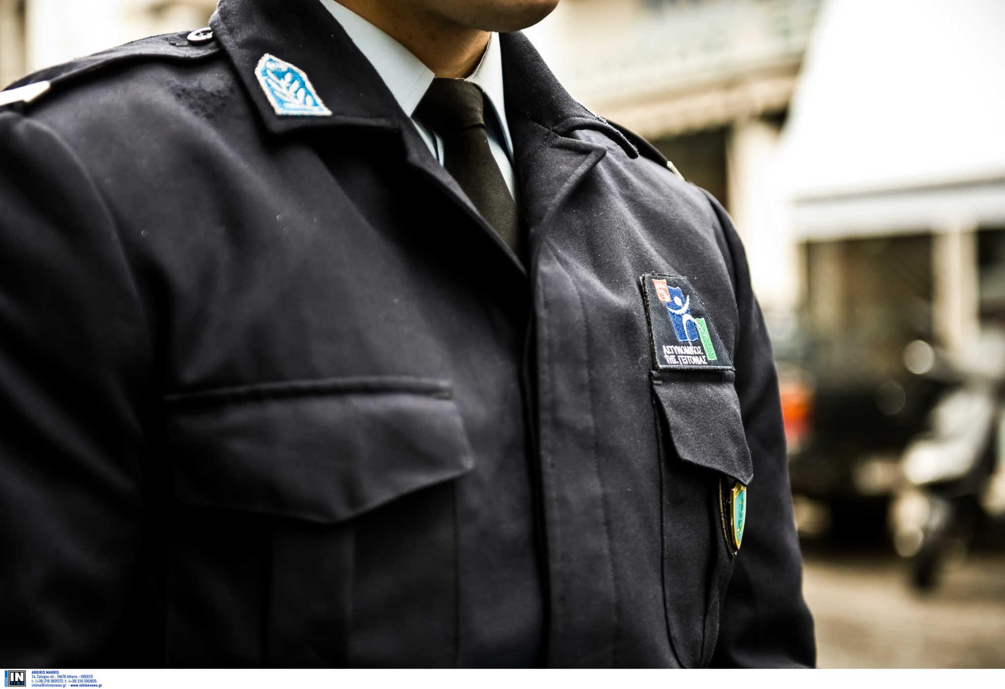 Θεσσαλονίκη: Πρόστιμο 5.000 ευρώ σε αστυνομικό που έσπασε την καραντίνα και έκανε βόλτες