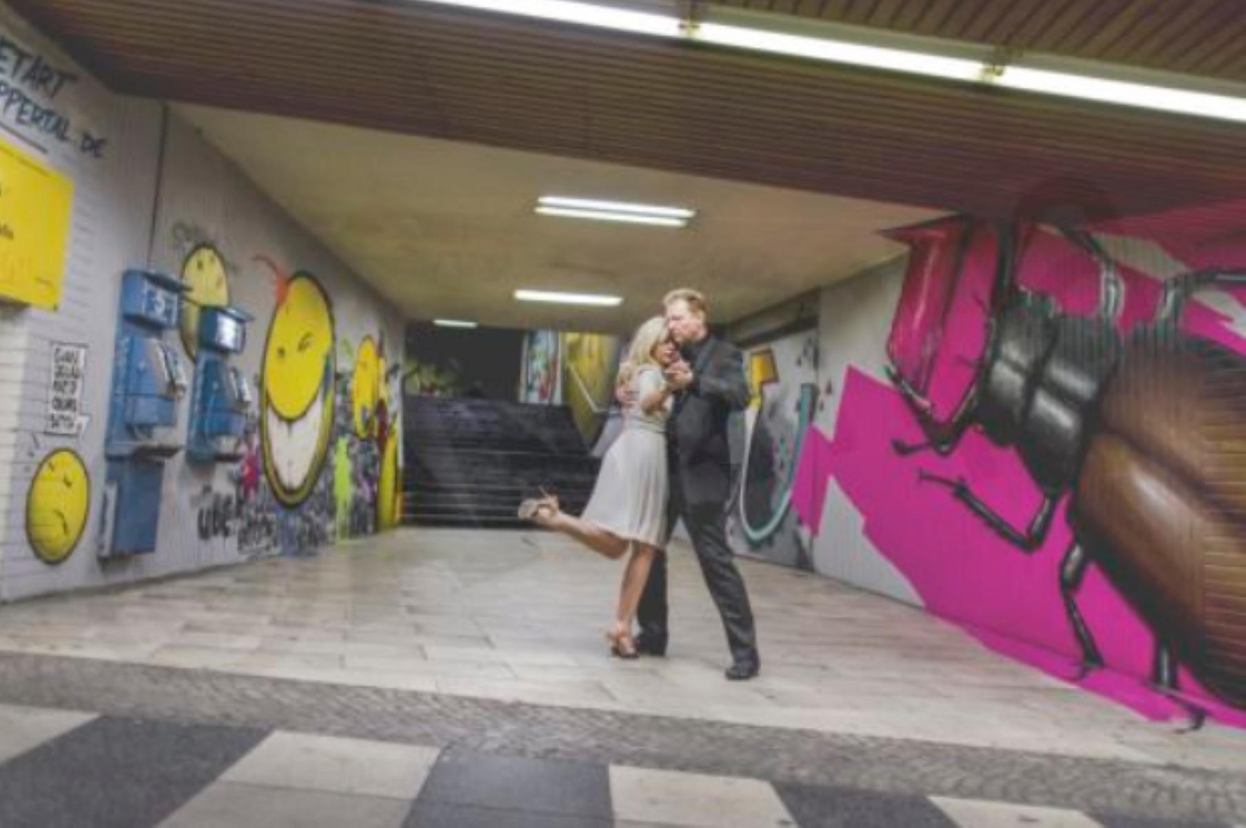 Κορονοϊός: Στην Ιταλία επιτρέπονται οι χοροί αλλά με χρονόμετρο