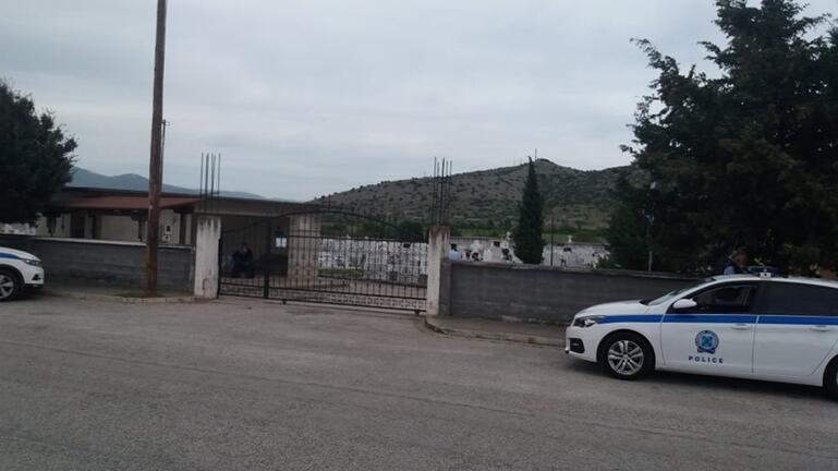 Καβάλα: Στο νεκροταφείο Ελευθερούπολης τάφηκε πάλι η σορός άνδρα που είχε κλαπεί