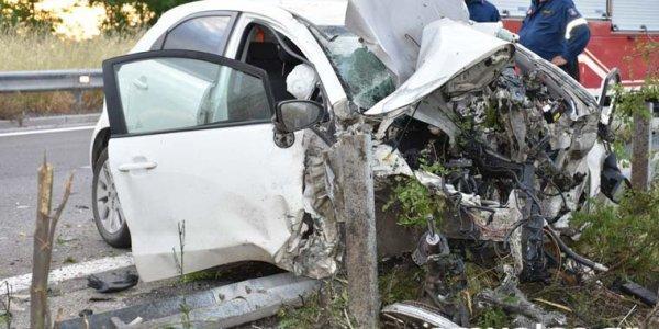 Ημαθία: Σοκαριστικές εικόνες από τροχαίο δυστύχημα – Νεκρός ο 49χρονος οδηγός