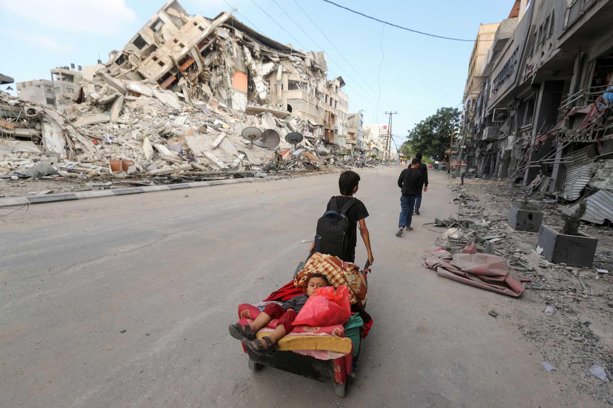 Βομβαρδισμοί «σαν σε video game» στη Γάζα – 31 παιδιά ανάμεσα στους νεκρούς αμάχους