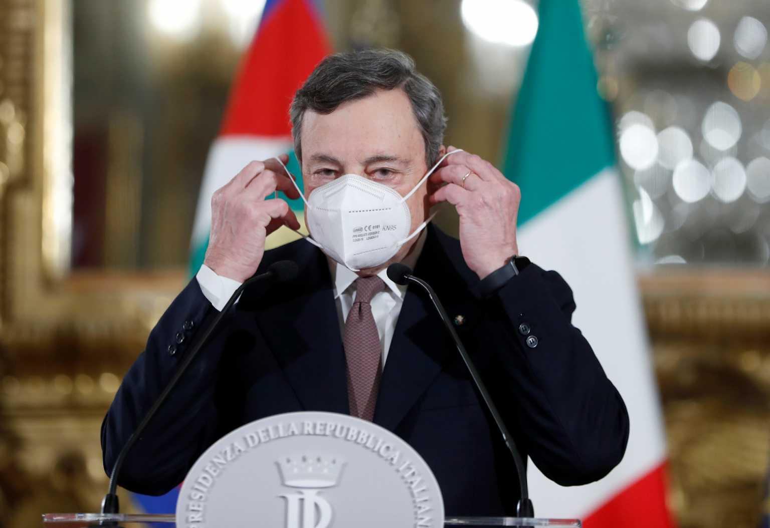 Ντράγκι: Παραιτήθηκε του μισθού του για τη θέση του πρωθυπουργού – Αρκείται στις δύο συντάξεις του