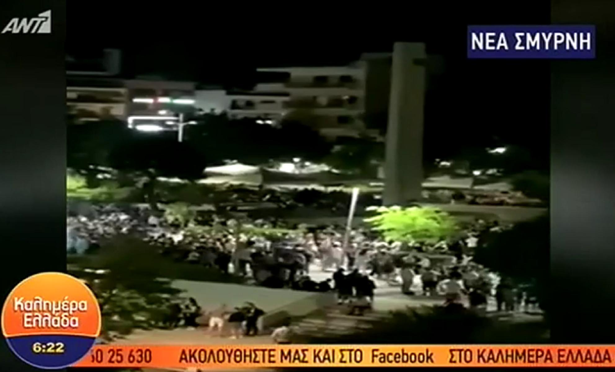 Νέα Σμύρνη: Κορονοπάρτι μέχρι τα ξημερώματα στην πλατεία (video)
