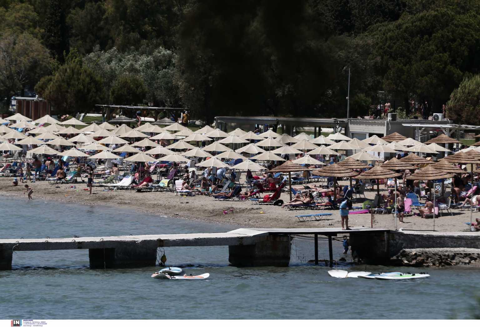 Καιρός για βουτιές – 30άρια και κοσμοπλημμύρα στις παραλίες – Εικόνες από τα «παλιά»