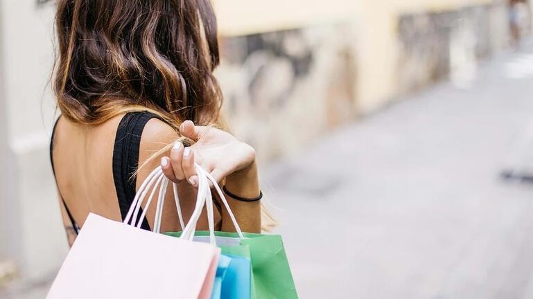 Περιβαλλοντικά συνειδητοποιημένοι οι Έλληνες στις καταναλωτικές τους συνήθειες