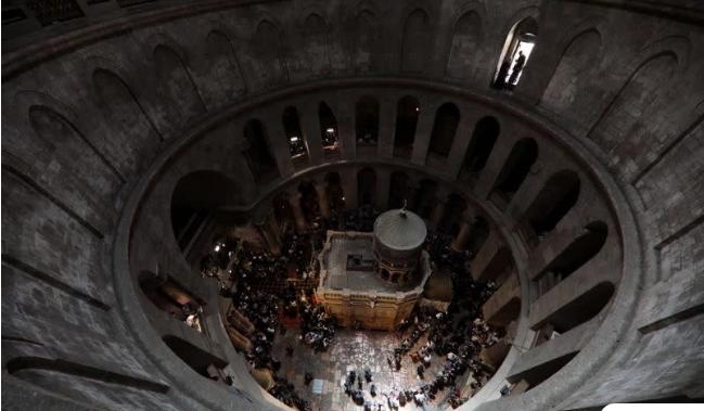 Κύμη: Εκκλησία αποφάσισε μόνη της να κάνει Ανάσταση… στις 12 – Δείτε την ανακοίνωση