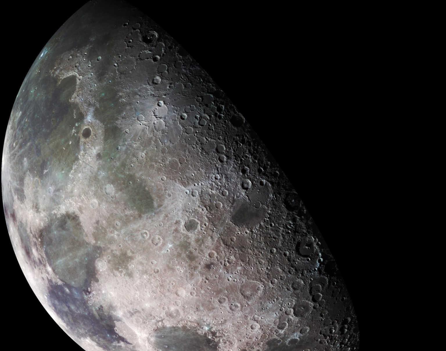 Locheed Martin και General Motors θα φτιάξουν τα επόμενα ρόβερ για την Σελήνη