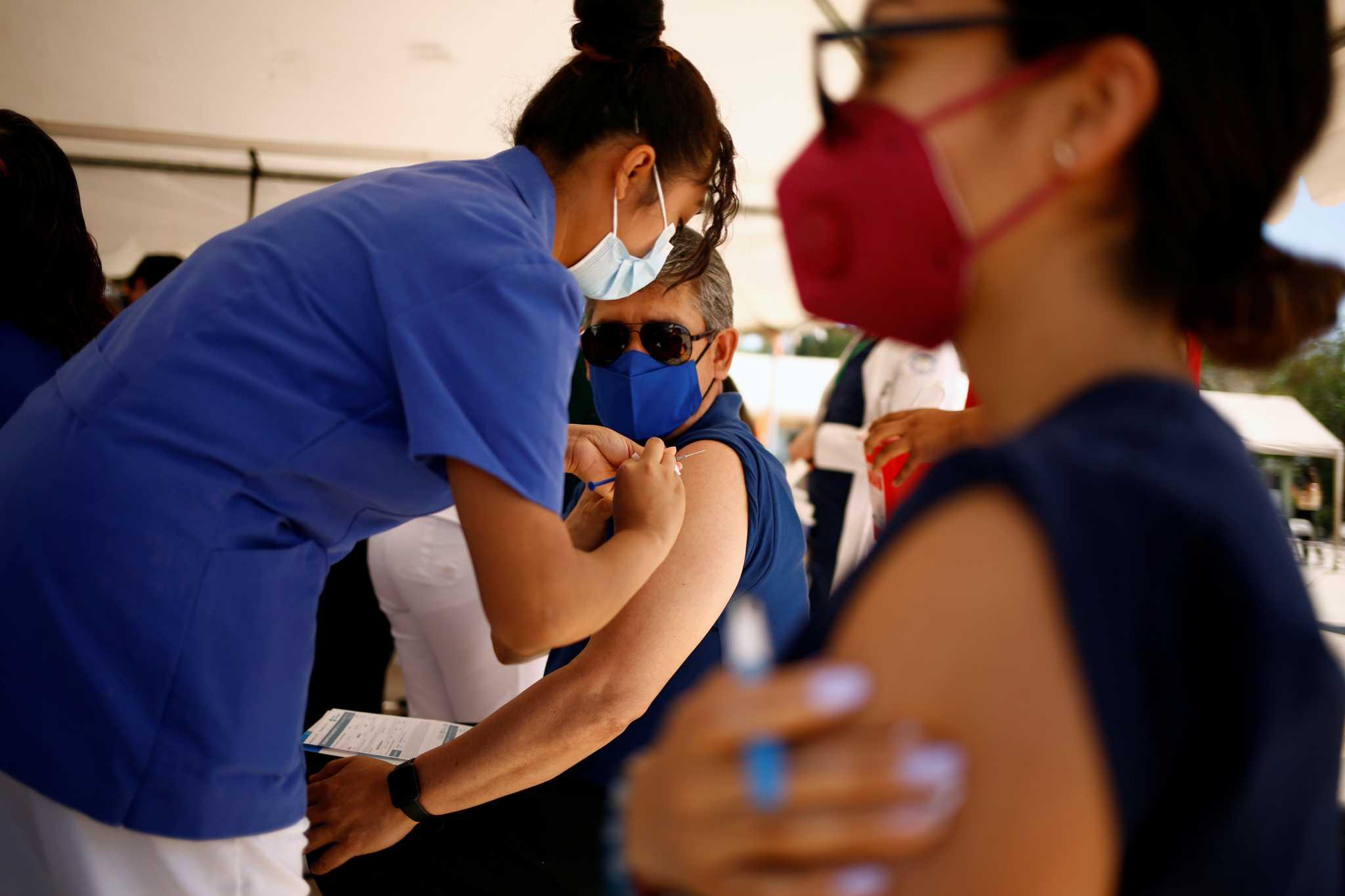 Χονγκ Κονγκ: Διήμερη άδεια στους δημόσιους υπαλλήλους που εμβολιάζονται