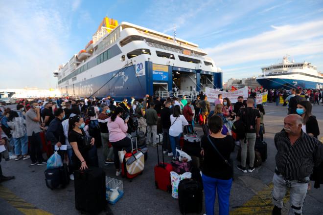 Ανεστάλη η απεργία στα πλοία – Έκανε πίσω η ΠΕΝΕΝ