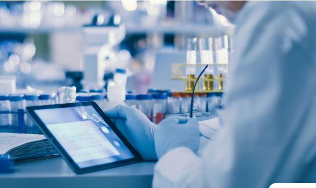 Κορονοϊός: Κοκτέιλ δύο φαρμάκων φρενάρει την εξάπλωση του ιού στα ανθρώπινα κύτταρα